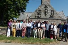 Le groupe devant La chapelle de Perros-Hamon